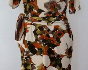 Multi  color  floral print ity jersey knee length dress with belt