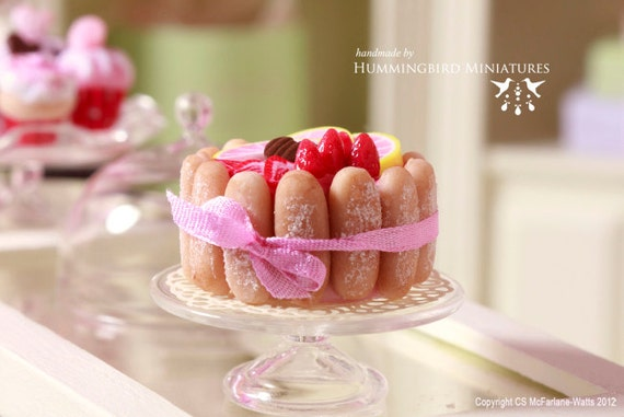 Fruity Charlotte Cake 1/12 scale dollhouse miniature