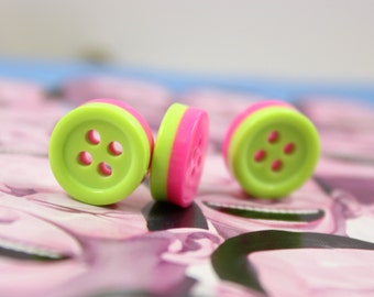Cute Plastic Buttons - 10 Pieces of Green and Pink Stack Plastic Buttons. 0.44 inch