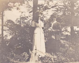 Two Ladies - Vintage Photograph (G)