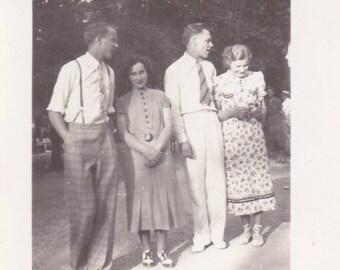 Happy Couples - Vintage Photograph (O)