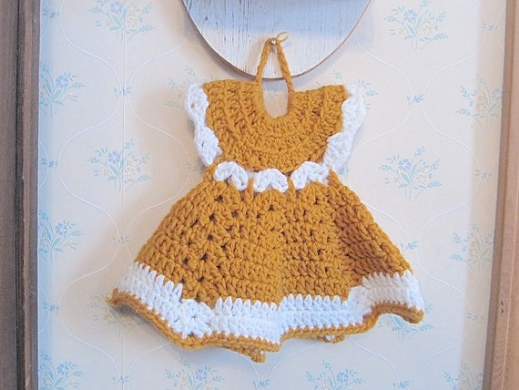 Crochet Wall Hanging : Vintage Crochet Wall Hanging Dress by pamsantiques on Etsy