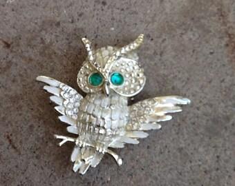 Green Eyed Owl Pin