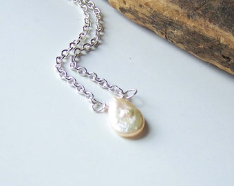 Freshwater Pearl Necklace, Pearl Necklace, Beaded Necklace, Teardrop Pearl Necklace, Off White Pearl and Silver Necklace