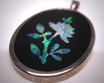Vintage Opal Floral Pendant Necklace Retro Estate Onyx