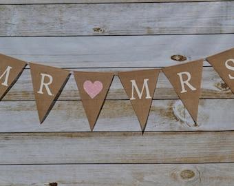 Mr. and  Mrs.  banner ... Wedding Banner  ....  Anniversary Banner  ...   Photo prop