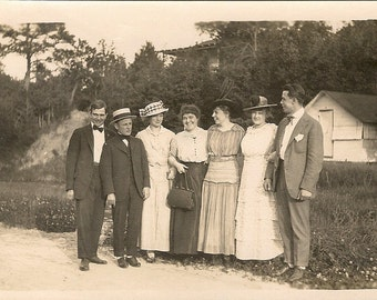 Vintage Photo - Women and Men - Great Outfits - Outdoor - Antique Photo