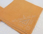 Vintage Embroidered Napkins- Golden Rod Luncheon Napkins- Sunny Yellow and White Napkins Set of 4