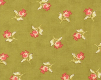 Honeysweet - Poppy Blooms in Pear by Fig Tree & Co from Moda Fabrics