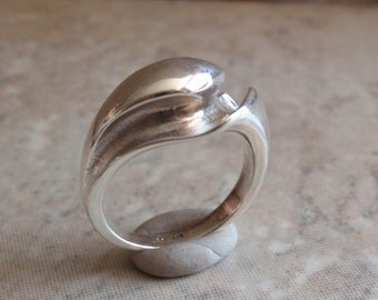 Fluted Ring Sterling Silver Ridges Size 5-1/2 Vintage DI