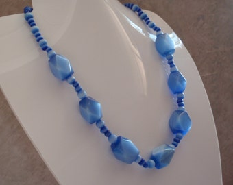 Blue Beaded Necklace Iridescent Chatoyant Moonglow Adjustable Vintage