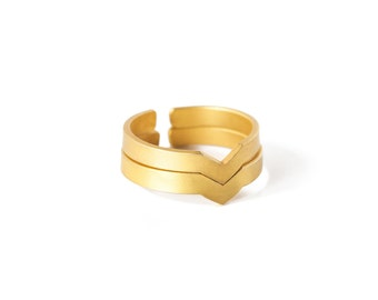 LES FORMES - Simple shape Gold-coated brass ring Maya (FBA01)