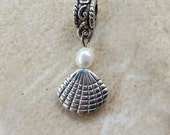3-D Shell Charm with Freshwater Pearl, for European Bracelet