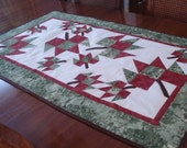 Tumbling Leaves Wall Quilt