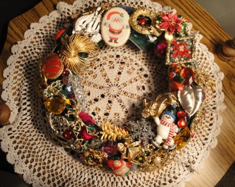 Christmas Pin Wreath