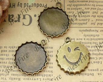 12 pcs of  Antique brass round Cabochon Pendant Base (Cabochon size 21mm),Pendant findings,smiling face Pendant