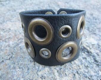 Edgy Jewelry Leather Wristband Cuff Bracelet Corset Belt Wrap Wrist Band Black