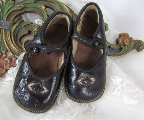 buster brown shoes black leather 1920 s or by