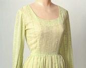 Vintage 60s dress / country dress / flower child / cotton dress