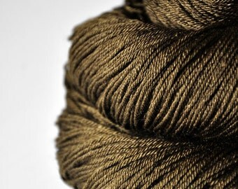 Dried brown algae  - Merino/Silk Fingering Yarn Superwash