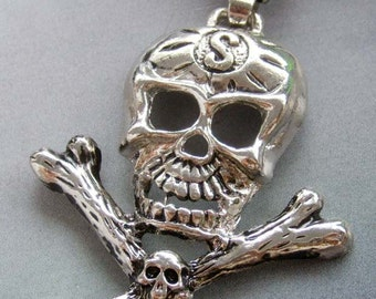 Alloy Metal Skull Skeleton Crossbones Pendant 60mm x 50mm  T1887