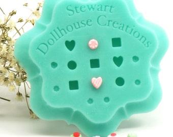 1:12 Petit Four Mold, Dollhouse Miniature, Silicone mold