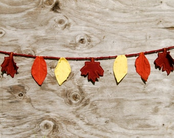 SALE Primitive Fall Leaf Decor - Autumn Decor - Garland - Banner - Bunting - Thanksgiving Eco - Friendly