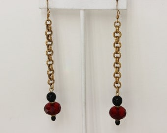 Chain Bead Red Black Drop Duster Cafe' Earrings Vintage Costume Jewelry