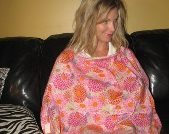 nursing cover with pocket
