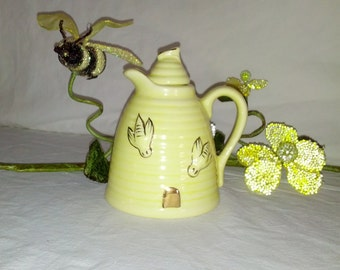 yellow honey pot