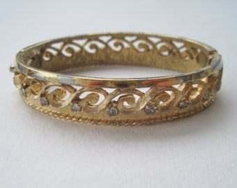 Vintage RARE Signed Joseph Mazer Jomaz SMALL Gold Tone Rhinestone Scroll Hinged Bangle Bracelet With FLAWS