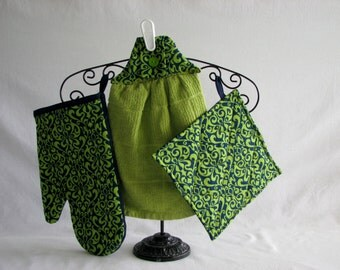 Potholders, Oven Mitts & Towel Set  - lime green and navy blue damask