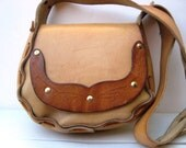 Small Leather Purse Vintage 1970s - Hand Tooled