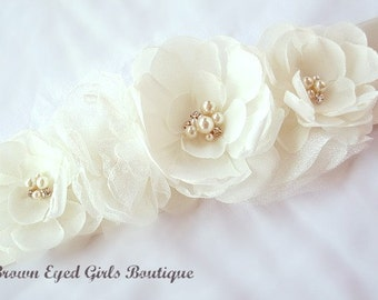 Ivory Wedding Sash, Ivory Bridal Sash, Ivory Wedding Belt,  Ivory Bridal Belt -Ivory Flowers