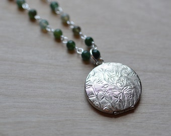 Locket Something New Bride Romantic Vintage Inspired  Agate Green Silver Tone Anniversary Nostalgic Delicate Small Memento