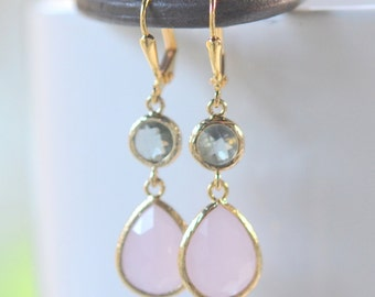 Soft Pink Teardrop and Charcoal Jewel Drop Earrings in Gold.  Pink and Gray Bridesmaid Dangle Earrings. Jewelry Gift..  Free Shipping.