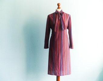 Vintage multicolor day dress /  purple / violet blue pink vertical stripes / ascot tie / neck tie / long sleeve / midi / small medium