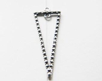 4pcs / Triangle / Pendant / Oxidized Silver Tone / Base Metal / Charms (C136//H72)