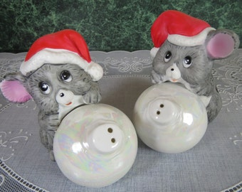 Vintage Mice with Christmas Ornaments Salt & Pepper Shaker Set - Christmas Mice Salt and Pepper Shakers - Christmas Shakers - Mice Shakers