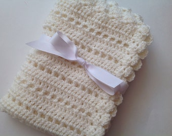 Baby blanket crochet cream blanket