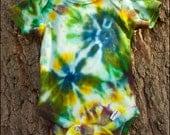 Tie Dye Organic Cotton Onesie - CANOPY - Size 0 to 3 Months