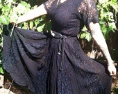 Stevie Nicks style Nostalgia Black widow lace dress size Small
