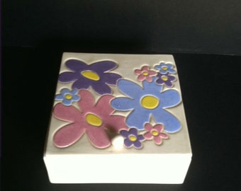 White Flowered Ceramic Pottery Jewelry or Stash Box Made in OHIO USA