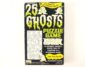 Vintage 25 Ghosts Puzzle Game in Original Box (c.1960s) - Hard-to-Find Collectible, Halloween Decor