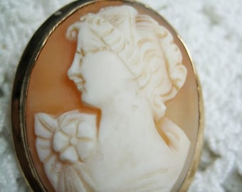Signed Atamore 12K GF Hand Carved Shell Cameo Brooch Pendant
