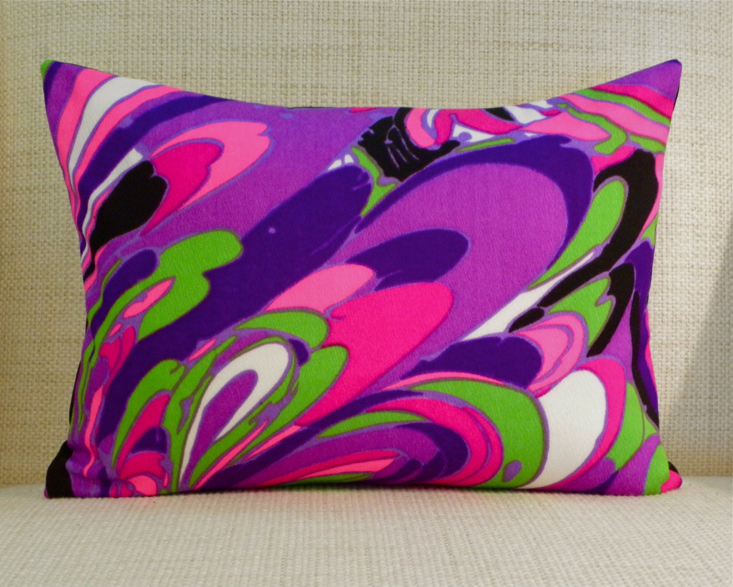 Throw Pillow Cover Vintage Mod Fabric Purple Pink