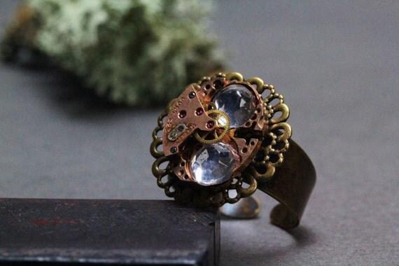 Mechanisme!hadmade ring(one of a kind,golden,cort ,swiss watch,ladies,minimalist) by ISLA Bijoux  FRANCE