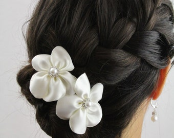 Ivory Bridal Flower Hair Sticks - Ivory Flower Hair Sticks for Wedding Updo - Set of 2 Ivory Flowers with Pearls and Rhinestones