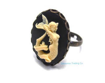 Mermaid Ring - Siren of the Sea - Nautical Jewelry - Cameo Accessory - Black and Ivory - Antique Gold - Pin Up / Pinup Girl - Tattoo Ring