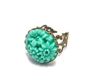 Green Flower Ring - Seafoam / Mint Jewelry - Floral Cluster Cameo Ring - Antique Gold Adjustable Filigree Band -  Mums / Chrysanthemums